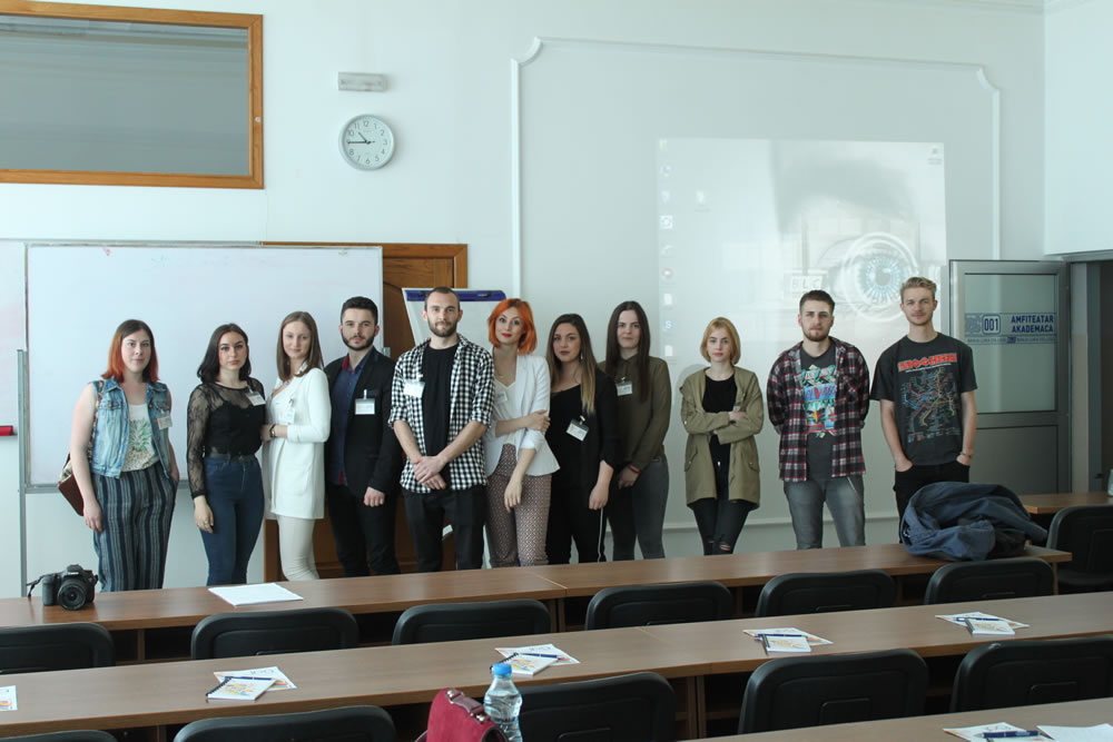 Veoma je uspješno završena prva studentskakonferencija .JPG